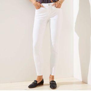LOFT White Curvy Skinny Jean 29/8